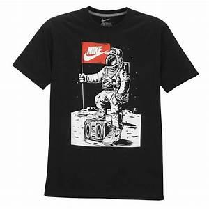 Nike Graphic T-shirt - Men U0026 39 S - Casual - Clothing  Red  Grey  Green