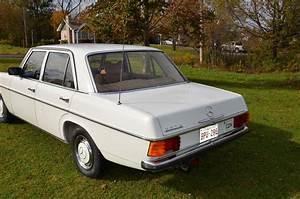 Mercedes-benz W115 1968