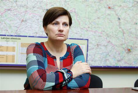 Ilze Viņķele atklāj skaudro dzīves realitāti Latvijā ...