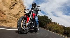 Moto Zero Prix : moto lectrique z ro sr 2015 essai vid o et prix automoto ~ Medecine-chirurgie-esthetiques.com Avis de Voitures