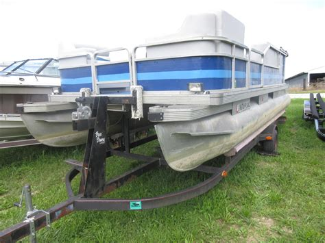 Used Tracker Pontoon Boats by 1987 Used Tracker Bass Buggy Pontoon Boat For Sale