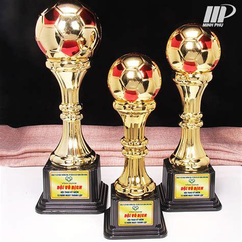 Cúp lưu niệm bóng đá X-9032 - Cúp thể thao giá rẻ tại Thể Thao Minh Phú