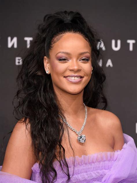 Rihanna Just Replied to a Fan Who Criticized How She Runs