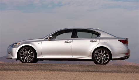 lexus 2014 sport 2014 lexus gs350 vs f sport vs gs450h buyers guide info