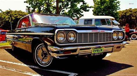 Chevy Impala Wallpaper Iphone by 1964 Chevrolet Impala On A Vintage Auto Show Wallpapers