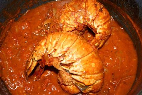 cuisiner une langouste recette de queue de langouste à l 39 armoricaine la recette