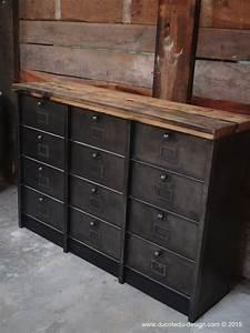 Mobilier Industriel Ancien : grand meuble industriel a 12 clapet strafor 1950 ~ Teatrodelosmanantiales.com Idées de Décoration