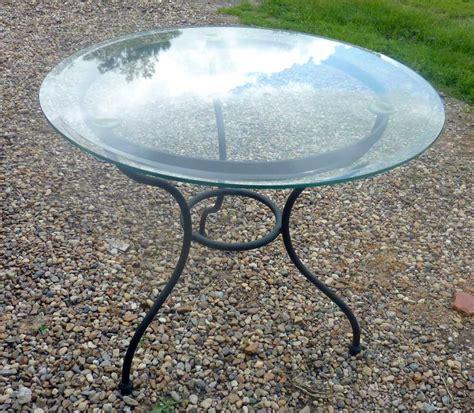 table ronde en fer forge et verre table basse ronde fer forge ezooq