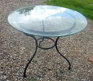 Dessus De Table En Verre : tables rondes en verre maison design ~ Dailycaller-alerts.com Idées de Décoration
