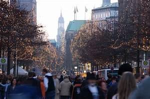 Parkhaus Innenstadt Hamburg : 1685 4072 einkaufsstress zu weihnachten gedr nge in der innenstadt hamburg menschen beim ~ Orissabook.com Haus und Dekorationen