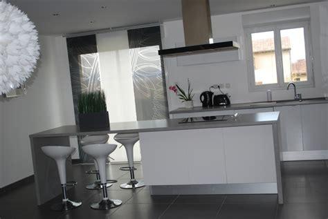 deco cuisine blanche cuisine grise et blanche photo 2 7 3511731