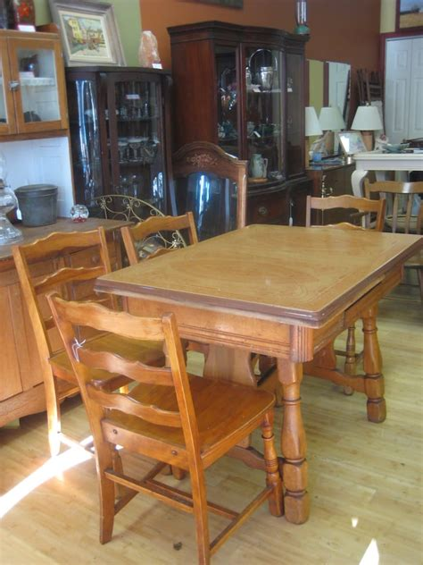 1930 enamel kitchen table enamel top kitchen table w 6 chairs made in americal