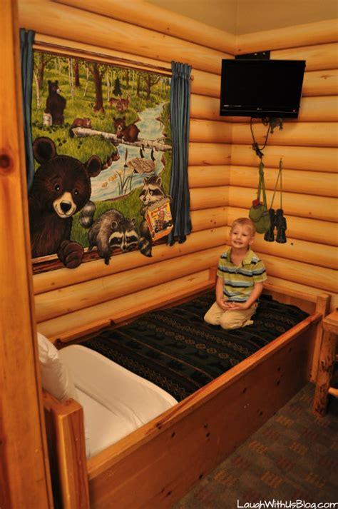 great wolf lodge grapevine kidcabin suite laugh   blog