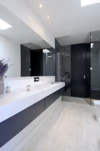 bathroom design tips and ideas 45 stylish and laconic minimalist bathroom décor ideas digsdigs