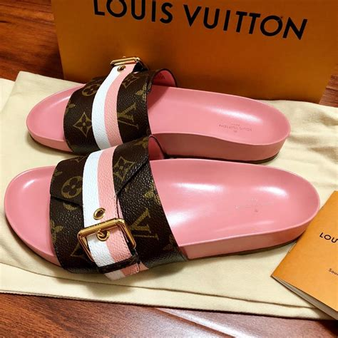 louis vuitton pink  limited bom  mule monogram lv logo  white af brown sandals