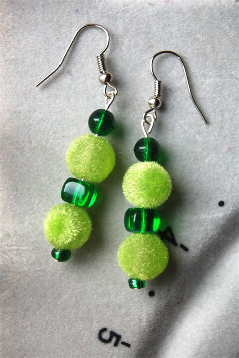 dangly earrings  steps  pictures wikihow