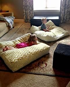 les 25 meilleures idees de la categorie coussins de sol With tapis de sol avec faire des coussins de canapé