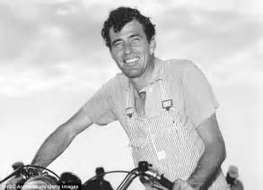 tom cruise  talks  play racing champion carroll shelby
