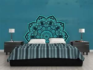 Décoration Murale Orientale : t te de lit orientale et porte marocaine ~ Teatrodelosmanantiales.com Idées de Décoration