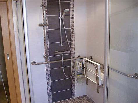 Badezimmer Fliesen Duschbereich by Fliesenlegearbeiten F 252 R Bad Kamin Wohnbereich Treppen