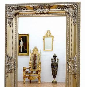 Miroir Baroque Argenté : miroir baroque cadre en bois argent 156x95 cm miroirs baroques classic stores ~ Teatrodelosmanantiales.com Idées de Décoration