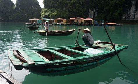 Punt Boat Pictures by Green Punt Boat Free Image Peakpx