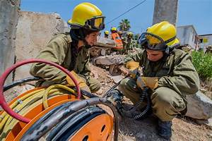 Israel speeds rescue workers to Nepal | San Diego Jewish World