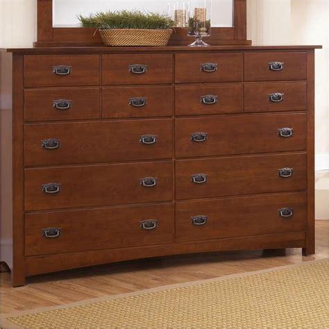 vaughan bassett furniture dresser