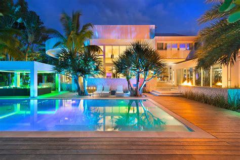 Modern Luxury Home Unique In Beauty