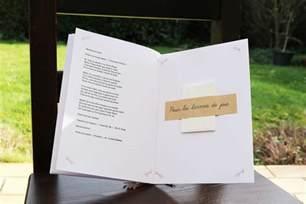exemple livret de messe mariage 6 idées déco pour présenter et relier votre livret de messe ou de cérémonie mon mariage pas cher