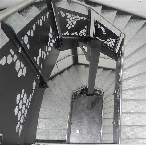 norme courante escalier exterieur norme courante escalier extrieur cool escalier droit extrieur duaccs au jardin au design