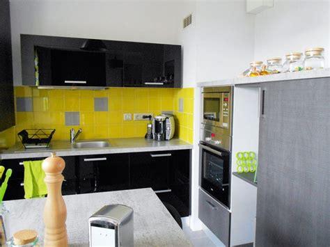 cuisine et gris déco cuisine jaune et gris exemples d 39 aménagements
