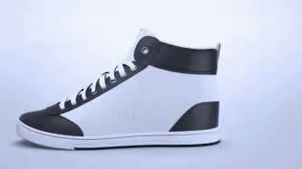 sneaker designen shiftwear wasserdichter sneaker mit farbigem e display engadget deutschland