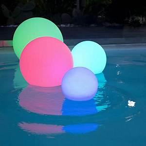 Boule Lumineuse Exterieur Solaire : lampe de jardin boule lumineuse et luminaire ext rieur ~ Edinachiropracticcenter.com Idées de Décoration