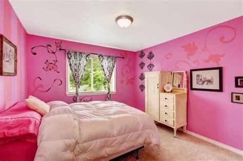 chambre couleur framboise chambre bonbon design de maison