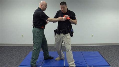 weapon  aways defensive tactics