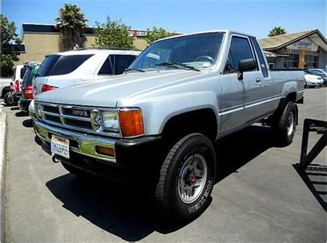 Used Toyota Trucks by Sell Used Cherry 1987 Toyota Truck 4x4 4 Cylinder