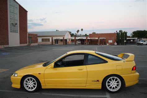 Is Acura Part Of Honda by Ca 2000 Acura Integra Yellow Type R 96 Toda Spoon