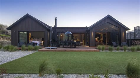 kahua villa luxury accommodation queenstown  touch  spice  images barn style