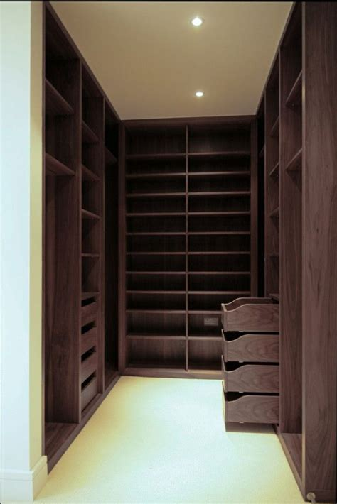 Walk In Wardrobe Design by Small Walk In Wardrobe Design Ideas Walk In Wardrobe