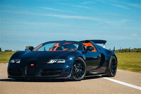 La bugatti chiron, remplaçante de la veyron, développe pas moins de 1 500 chevaux, en reprenant le bloc moteur w16 de la veyron. Puedes comprar estos dos Bugatti Veyron de H.R. Owen | Autocasión