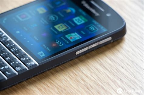 os  bringing lock screen previews  priority contacts  blackberry  crackberrycom