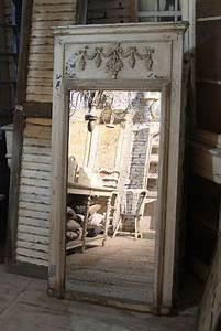 Spiegel Groß Antik : chic antique spiegel antik wei holzrahmen shabby vintage ~ A.2002-acura-tl-radio.info Haus und Dekorationen
