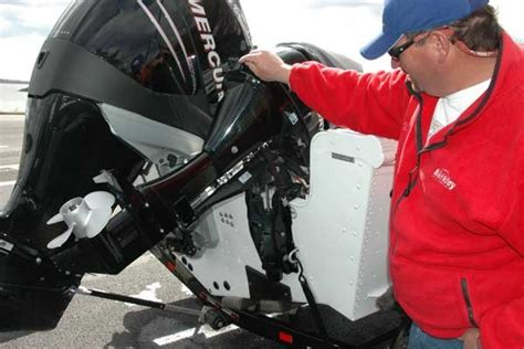 Boat Motor Support Bar by Who Needs A Transom Saver Trailering Boatus Magazine