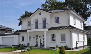 Wohnen In Schöneiche : bildergebnis f r stadtvillen mit garage verandas porches pinterest haus villa and haus ~ Indierocktalk.com Haus und Dekorationen