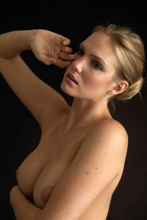 Brittany Booker Nude Photos Blonde Actress Showed Her