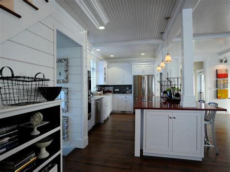 kitchen islands with columns photos hgtv 5271