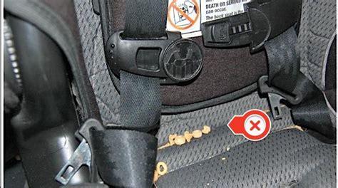 nettoyer sieges auto comment nettoyer un siège auto facilement et rapidement
