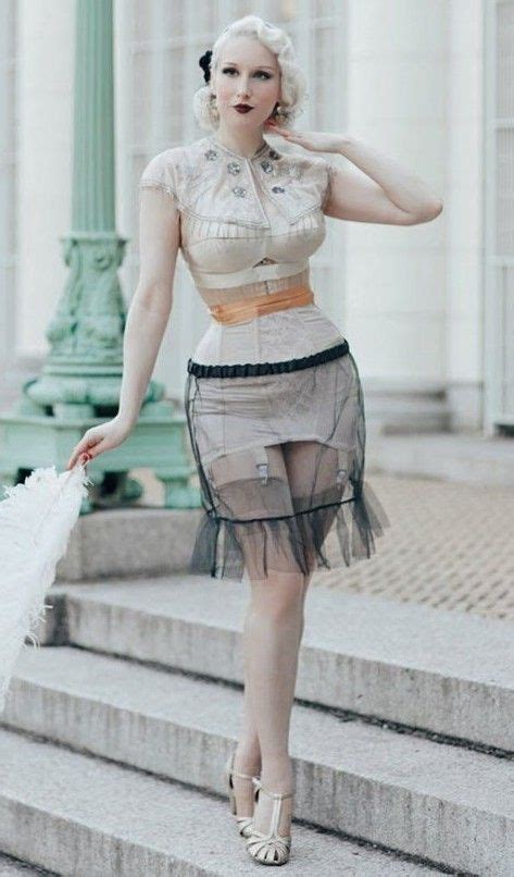 Pin by Dugdaledog on Pinuts in 2020 | High waisted skirt ...