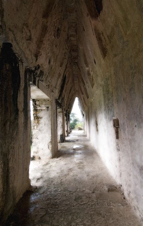 Corbel Arch Search by Free Stock Photo 1679 Mayan Corbel Arch Freeimageslive